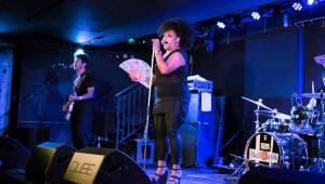 The BellRays představili pražskému publiku v Rock Café směs soulu, rocku i punku