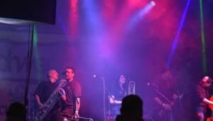 Radovan fest podruhé: Ve Vochově u Plzně zahráli Plexis, Gauneři nebo Queens Of Everything