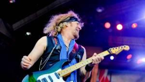 Iron Maiden po dvou letech opět zabouřili v Praze. Na letišti v Letňanech jim aplaudovalo 30 tisíc lidí