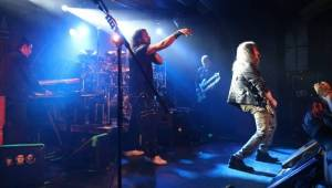 Superskupina Sons Of Apollo oslnila pražský klub Futurum