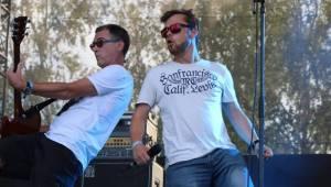 Festival Rock for People se v první den těšil slunečnému počasí, hráli Enter Shikari nebo The Kooks