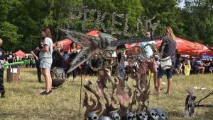 Na Pekelném ostrově v Holýšově zahráli Arakain s Lucií Bílou, Doga nebo Dymytry