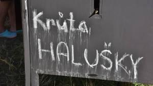 Pekelný ostrov Holýšov: Pod kotlem přikládali Uriah Heep, Alkehol, Chinaski nebo Horkýže slíže