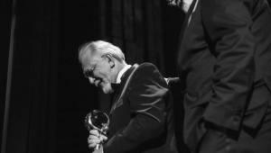 Závěr MFF Karlovy Vary: Hráli a zpívali Tomáš Klus a Richard Müller, ceny získali Jaromír Hanzlík i Robert Pattinson