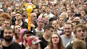 Druhý den Colours Of Ostrava zazářili Kensington, Aurora nebo Vojta Dyk