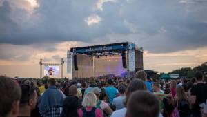 Jaromír Nohavica zahájil slezský festival Štěrkovna Open Music. Vystoupili i Michal Hrůza nebo Pokáč