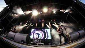 Benátská! s Impulsem odstartovala. Olympic připomněl koncert v O2 areně, diváky bavili i Jelen nebo Doctor P.P.