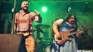 Chodrockfest v Domažlicích: S Mirai bavil diváky Richard Genzer, hráli i Alkehol nebo Xindl X
