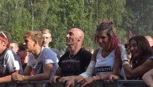 Sobotní Chodrockfest: Dymytry lákali i v brzký čas, Pipes and Pints předvedli punkově divokou jízdu