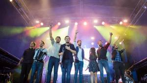 Radiofest v Ústí nad Labem: Finále programu obstarali Jelen a Mandrage s pompézní show