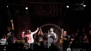 Fast Food Orchestra rozjeli v plzeňské Buena Vistě veselý taneční večírek