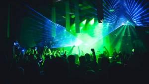 Netsky rozveselil fanoušky v Roxy svým DJ setem hned dvakrát