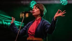Výročí Sametové revoluce ve znamení hudby: Na Národní třídě v Praze hráli Katarzia, The Tap Tap i Ghost Of You