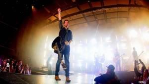 Jelen vyprodal Forum Karlín, s Míšou Tučnou zahrál i písně jejího otce Michala Tučného