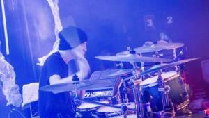 Cocotte Minute v Akropoli: EP Veď mě pokřtila fanynka