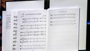 Dan Bárta s Illustratosphere a Komorní filharmonií Pardubice zazářili v pražském Kongresovém centru