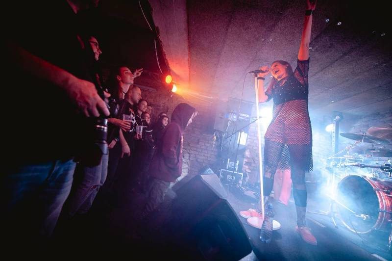 Gaia Mesiah oslavila vydání alba Excellent Mistake v Café V lese