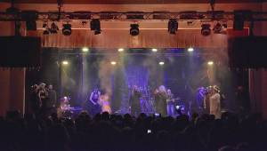 RockOpera přijela do Plzně představit Vymítače, vystoupili Honza Toužimský i Pavla Forest