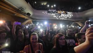 Škwor: Akustický koncert s klavírem a violoncellem strhl pražskou Akropoli