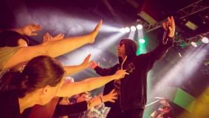 Horkýže Slíže dvakrát vyprodali Lucerna Music Bar, nadšení fanoušci divoce pogovali
