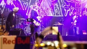 Jedinečná atmosféra Žebříku: Tomáš Klus, Monkey Business a další hudební hvězdy na dosah ruky