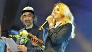 Žebřík svou atmosférou strhl DEPO2015. Ceny sbírali Marpo, Barbora Poláková i Tomáš Klus