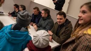 Tata Bojs slavnostně zakončili svou výstavu v centru současného umění DOX v Praze a pokřtili Tatalog