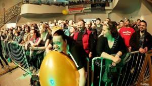 Harlej ve Svitavách děkovali tamním fanouškům, za odměnu s nimi šli po koncertě na pivo
