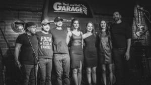 Bazénová party v Ostravě: Korben Dallas přijeli s novou deskou