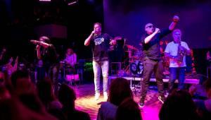 J.A.R. nadvakrát obsadili Lucerna Music Bar. Dobro eskalovalo do všech světových stran