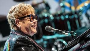 Elton John se v O2 areně rozloučil s českými fanoušky