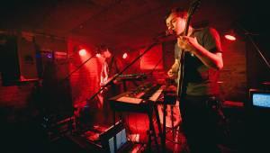 Fanoušci v Café V lese poslali na Sziget kapelu I Love You Honey Bunny