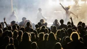 Rockový slunovrat rozpálil Řevnice. V první den vystoupili Gaia Mesiah, Prago Union i Sto zvířat