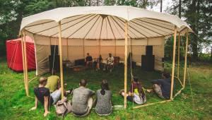 Alternativní ekofestival Okolojeles v Náramči byl poprvé vyprodaný