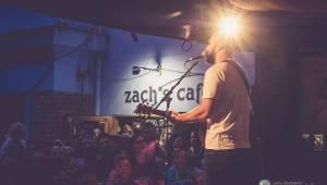 Pokáč opět po roce vyprodal plzeňský Zach's Pub