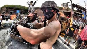 Vyprodaný Brutal Assault ukazuje, jak bude vypadat život po jaderném výbuchu. V pátek zahráli Agnostic Front i Emperor