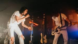 K.Flay rozdávala energii ve vyprodaném Rock Café