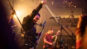 Mongolští rockeři přivezli hudbu z jiného světa. The Hu po loňském debutu na Rock for People zavítali do Prahy