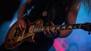 Finská vichřice zavála Marca Hietala z Nightwish do Roxy. Fanouškům představil sólovku