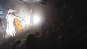 Vesmírní Starset v pražském Rock Café zachraňovali lidstvo