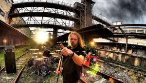 Když se ještě mohlo ven | Radim Hromádko vzpomíná na Kiss nebo českého Lemmyho