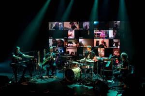 Tata Bojs vytvořili v Celetné hudebně-vizuální online prostor