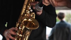 Paulie Garand a Kenny Rough odstartovali sérii koncertů na Vltavě. Vzhůru na palubu!