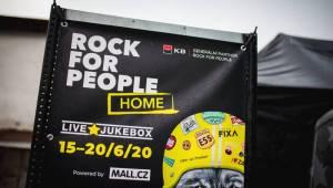 Zlatíčka křepčila štěstím, Kapitán Demo si koupil Rock for People i Ostravu. Už poněkolikáté