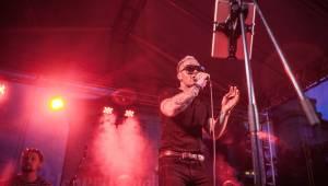 Funková smršť v podání Burma Jones. Zazněla i Samba v kapkách deště