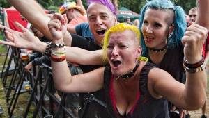 Barvy léta v Poděbradech přivítaly Tři sestry, Mňágu a Žďorp nebo Alkehol
