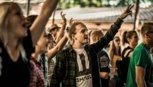 Symbióza mezi muzikanty a fanoušky. Studnice Fest zakončili Monkey Business, Gaia Mesiah a další