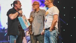 Vrtulník Michael V. oslavil 40 let na scéně. Mezi hosty byli Jiří Macháček, Dan Bárta, Barbora Poláková a další