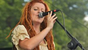 Tři sestry zamířili do Plzně, zazpíval i frontman Plexis