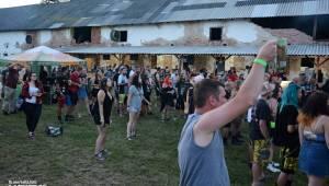 ČAD, Ejakulující kokos a mnoho dalších - první den Kravín Festu
